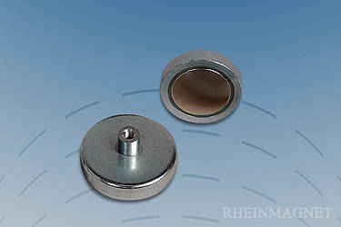 Flat grip magnets with neodymium-iron-boron core with threaded bushing